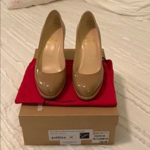 Barely worn Christian Louboutin New Simple pumps